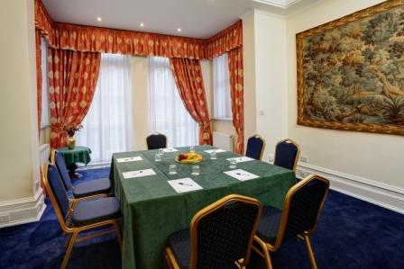 swiss-cottage-hotel-meeting-space-04-83650